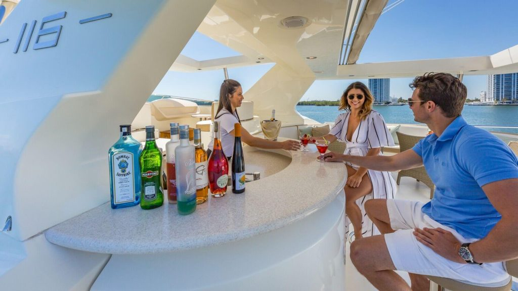 Yacht Charters in Miami Florida