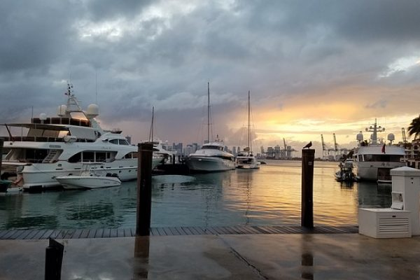 harbor-2302785_640